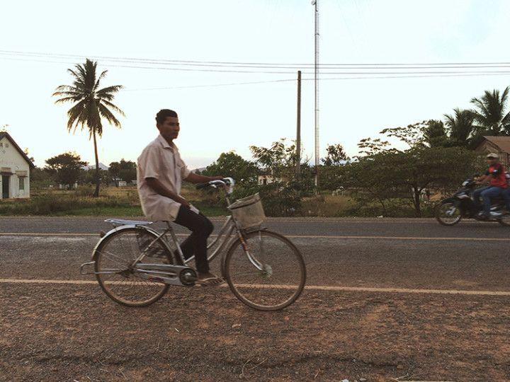La aventura de una profesora de inglés en el campo camboyano