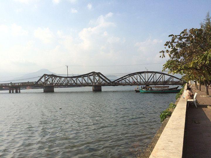 Foto: Eli Zubiria. El viejo puente de Kampot