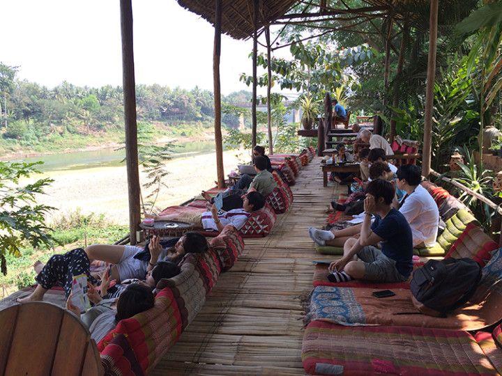Foto: Eli Zubiria. Bar Utopía en Luang Prabang, Laos