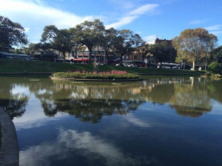 Lago Northam en el Parque Victoria, en Sydney, Australia