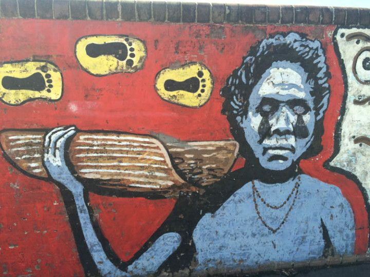 Mural reivindicativo en Redfield, en Sydney, Australia