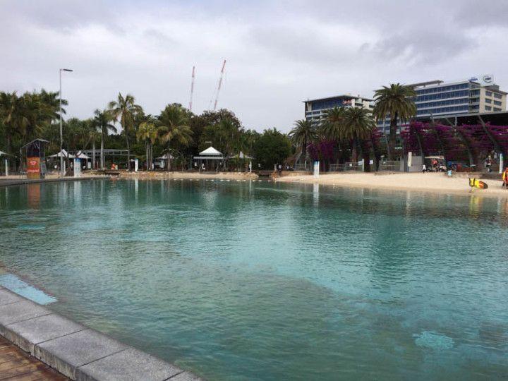 Foto:Eli Zubiria. La playa de arena artificial de Brisbane, en Australia.