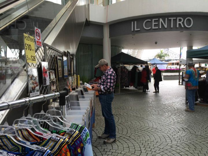 Foto:Eli Zubiria. Mercadillo de los domingos del Riverside Center, de Brisbane en Australia