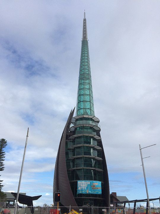 Foto: Eli Zubiria. Bell Tower en Perth, Australia